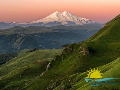 Экскурсионный тур «По крыше Кавказа: от Домбая до Эльбруса»